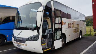 ScotlineToursのバス